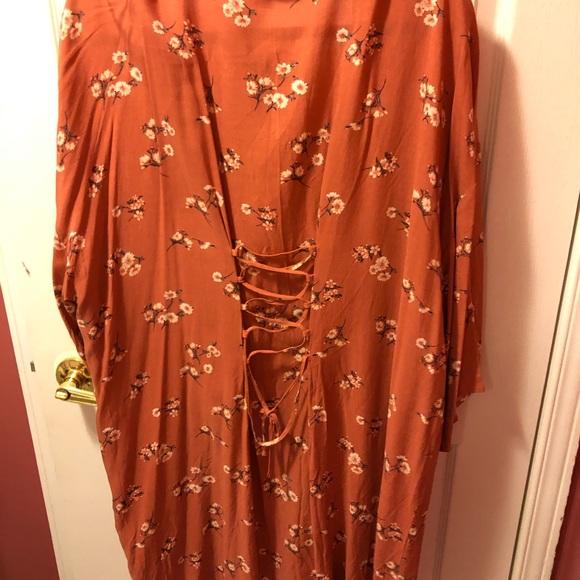 Floral kimono. Burnt orange/ orange burgundy.
